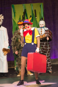 2014-7-17-shrek-preview-four-county-act-1-lh-359